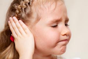 Mittelohrentzündung beim Kleinkind | Mami & Papi